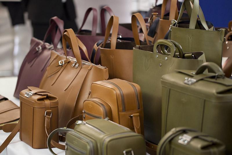 Сумки кожаные мужские и женские в интернет магазине купить онлайн