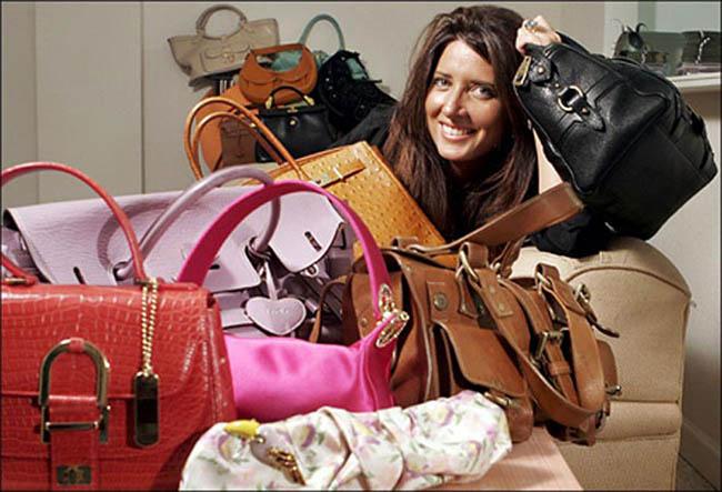 Приятный шопинг за покупками сумок в интернет магазинах