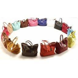 Базовый набор аксессуаров: 7 типов сумок, без которых вам не обойтись